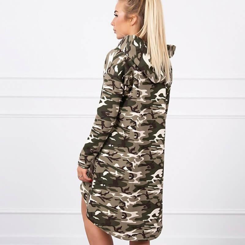 Vojaška obleka s kapuco
